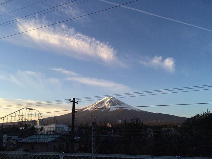 早朝の富士山。空気が澄んでいて美しい。